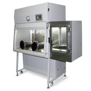 Изолятор отрицательного давления с принудительным удалением и фильтрацией воздуха из рабочей камеры